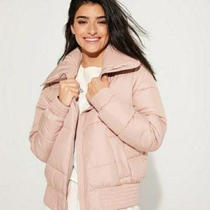 🌷Spring Sale: Hollister Pink Puffer Jacket